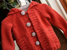 Ravelry: Knit Child's Raglan Cardigan pattern by Lion Brand Yarn, free pattern bulky Knitting Patterns Boys, Knitting For Kids, Free Knitting, Sewing Patterns, Cardigan Pattern, Jacket Pattern, Crochet Cardigan, Sweater Patterns, Toddler Cardigan