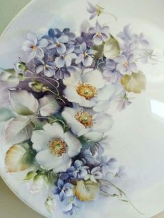 Risultato immagini per porcelain painting stephen merlin hayes China Painting, Ceramic Painting, Porcelain Ceramics, Painted Porcelain, Hand Painted Plates, Decoupage Vintage, Arte Floral, China Patterns, Vintage China