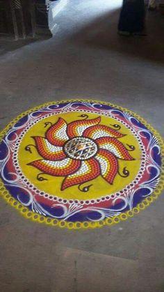 Rangoli Colours, Rangoli Patterns, Rangoli Ideas, Rangoli Designs Diwali, Rangoli Designs With Dots, Best Rangoli Design, Free Hand Rangoli Design, Beautiful Rangoli Designs, Sanskar Bharti Rangoli Designs