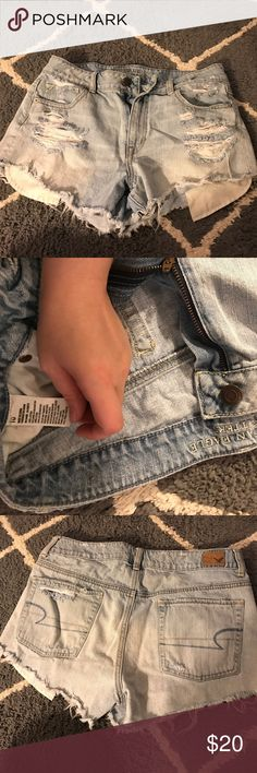american eagle high waisted shorts size 10 perfect condition nwot light wash american eagle high waisted size 10 shorts with a little fringe. short shorts American Eagle Outfitters Shorts Jean Shorts