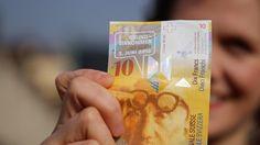 Bedingungsloses Grundeinkommen: Flyer-Aktion mit echten Banknötli