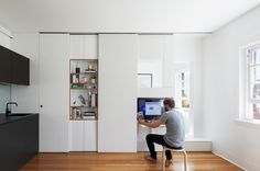 Gallery of Darlinghurst Apartment / Brad Swartz Architect - 3