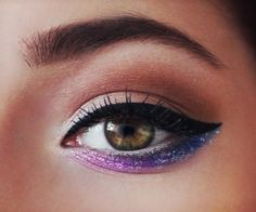 Galaxy Inspired Eyeshadow, very pretty! also must try eyeliner on top and eyeshadow on bottom