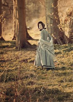 Mia Wasikowska (Jane Eyre) - Jane Eyre directed by Cary Fukunaga Mia Wasikowska, Charlotte Bronte, Period Movies, Period Dramas, Period Costumes, Movie Costumes, Michael Fassbender, Tracy Chevalier, Jane Eyre 2011