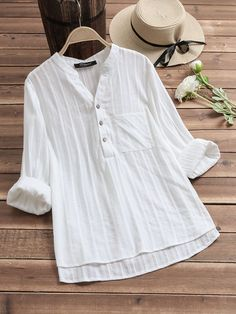 Vintage V-neck Pockets Long Sleeve Blouses can cover your body well, make you more sexy, Newchic offer cheap plus size fashion tops for women. Stylish Tops For Women, Chic Outfits, Fashion Outfits, Plus Size Blouses, Blouse Styles, Casual Tops, Plus Size Fashion, Shirt Style, Tunic Tops
