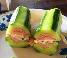 This is super easy and quick and HEALTHY! AND YUMMY IN YER TUMMY! Cucumber subs with turkey, green onions and Laughing Cow cheese! All the goodness without all that bread! These look Yummy and so easy to make. Low Carb Recipes, Diet Recipes, Cooking Recipes, Healthy Recipes, Freezer Recipes, Delicious Recipes, Recipies, Catering Recipes, Tapas Recipes