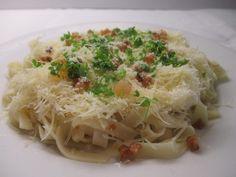 Hétfő Sajtos tészta Spaghetti, Ethnic Recipes, Food, Essen, Meals, Yemek, Noodle, Eten