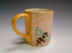 bubble wrapped bumble bee mug #thepaintedpeacock @paintourpeacock