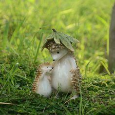 Accessories Hedgehog On Leaf Miniature Dollhouse FAIRY GARDEN
