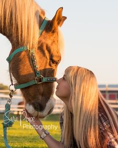 Sara Pope Photography / natural light / Brentwood CA / Oakley / Bay Area Photographer / East County / the golden hour / horse / cowgirl / country girl / stables / barn / country / photography / portrait /