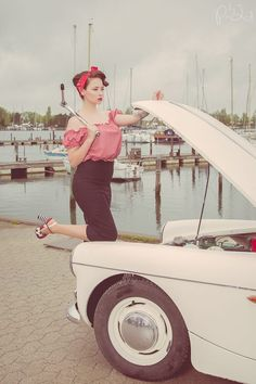 Photographer: PiaLind Foto Model: Model Luna Nikita Makeup & hair: Colorsplash Clothes: Rockabilly-style Shoes: Lola Ramona Member of: Pin-Up Denmark
