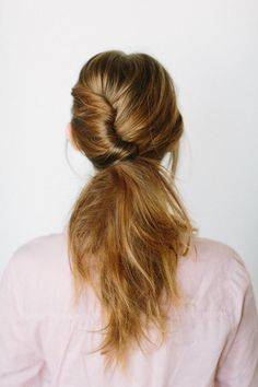 low-twisted-ponytail