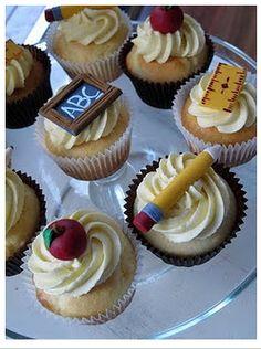 teacher appreciation cupcakes - bake addict