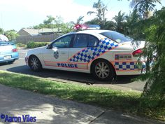 https://flic.kr/p/zBUmxk | Queensland Police Service | Traffic stop Meadowbrook. Driver of motor vehicle, turning onto Edenlea Dr proceeded to do a large burnout, right in front of police vehicle. Meadowbrook, QLD