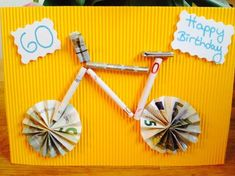 Money gift for a bike lover . - Money gift for a bike lover More - Gift Cards Money, Diy Cards, Cool Gifts, Diy Gifts, Money Creation, Folding Money, Birthday Gifts, Happy Birthday, Diy Gift Baskets