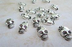 Overige - Skull charm antique silver tone metal charms - Een uniek product van francois2017 op DaWanda
