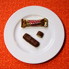 what 100 calories really looks like: halloween candy