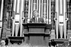 Here's a rare picture, indeed. President John F. Kennedy speaking at the Salt Lake Mormon Tabernacle. September Almost two months to the day later he was assassinated. Mormon Tabernacle, The Tabernacle, Boston Pictures, Rare Pictures, Profiles In Courage, Kennedy Assassination, Temple Square, Doctrine And Covenants, Salt Lake City Utah