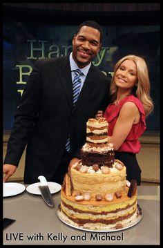 Kelly Ripa wishes Michael Strahan a very Happy Birthday #KellyandMichael