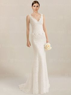 Elegant Lace wedding dress is feminine and flattering, which is a timeless rendition of effortless grace.