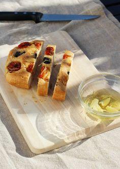 Foccacia - przepis. Włoski chlebek, prawie jak pizza. Mexican, Ethnic Recipes, Food, Essen, Meals, Yemek, Mexicans, Eten