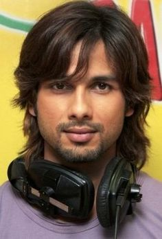 Shahid Kapoor - Indian actor, trained dancer. #Sandeep #Karma