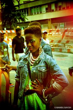 Finally I found a High top fade on a girl So boss Hipster Grunge, Grunge Goth, Tapered Natural Hair, Natural Hair Care, Tapered Afro, Afro Hairstyles, Black Women Hairstyles, Over The Top, Rockabilly