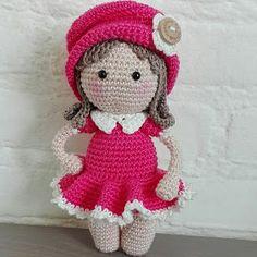 Sil's Corner: Pattern little Amy Crochet Baby Toys, Crochet Diy, Crochet Amigurumi, Love Crochet, Amigurumi Doll, Crochet Hats, Granny Square Häkelanleitung, Granny Square Crochet Pattern, Crochet Diagram