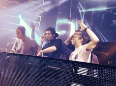 """"""" DJ Malik, Horan & Humes do Vegas! This place has broken me. """" (Zayn and Niall clubbing in Vegas Zayn Malik, Niall Horan, Irish Boys, Irish Blessing, I Love One Direction, End Of Summer, Liam Payne, Boys Who, Boy Bands"""