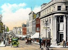King Street - Wellington Street  Coin focal de l'activité en ville  Focal point of activity in the city  +/- 1930