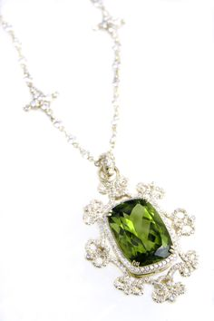 Happy Birthday to me! Peridot necklace charm by Erica Courtney® Peridot Jewelry, Peridot Necklace, Love Necklace, Gems Jewelry, I Love Jewelry, Gemstone Jewelry, Jewelry Box, Fine Jewelry, Jewelry Design