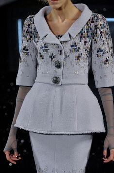 Chanel Fall 2011 - Details wow I want this