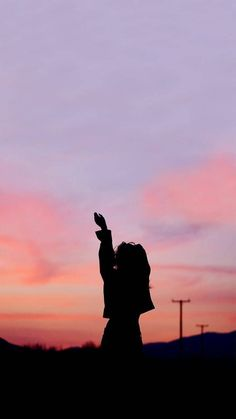Photography Wallpaper Girl 64 New Ideas # girl wallpaper Photography Wallpaper Girl 64 New Ideas Silhouette Photography, Shadow Photography, Tumblr Photography, Creative Photography, Portrait Photography, Nature Photography, Photography Ideas, Blue Sky Photography, Alone Photography
