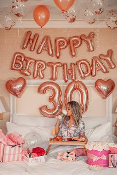 Birthday Goals, 33rd Birthday, Happy 30th Birthday, Happy Birthday Balloons, Birthday Love, 17th Birthday Party Ideas, 30th Birthday Parties, Birthday Balloon Decorations, Fiesta Decorations