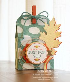 A gift box made with the Baker's Box Thinlits dies from Stampin' Up! - Made by Chan Vuong