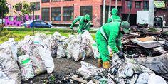 La recolección de las basuras pasó hace tres años a manos de la empresa Aguas de Bogotá, la cual maneja el 50 por ciento de la operación en la ciudad.