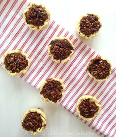 Chocolate Pecan Tarts // Little pies with a pecan-chocolate chunk filling...so good!