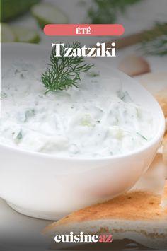 Voici une recette de tzatziki au concombre pour une entrée d'été facile à cuisiner. #recette #cuisine #tzatziki #concombre #entree #ete Tzatziki, Monkey Business, Voici, Entrees, Cheese, Sauces, Desserts, Food, Cooking Recipes