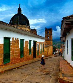 Voyage en Colombie : les 20 choses à voir dans le pays Around The Worlds, Bella, Trips, Travel, Life, Bogota Colombia, Barichara, Colorful Houses, The Visitors