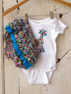 Mosaic Ruffled Bum Diaper Cover Set