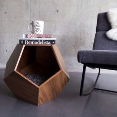 cat bed The Creative Side 21 Cool Furniture For Pets Pet Furniture, Upcycled Furniture, Modern Cat Furniture, Furniture Removal, Refurbished Furniture, Farmhouse Furniture, Classic Furniture, Plywood Furniture, Furniture Stores