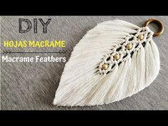 DIY Macramé Coaster - Free Online Videos Best Movies TV shows - Faceclips Macrame Design, Macrame Art, Macrame Projects, Macrame Jewelry, Micro Macramé, Macrame Wall Hanging Patterns, Macrame Patterns, Feather, Crochet