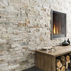 Beige / gray natural stone facing cladding - New Deko Sites Room Wall Tiles, Wall Tiles Design, Kitchen Wall Tiles, Ceramic Wall Tiles, Home Fireplace, Fireplace Design, Fireplace Modern, Fireplace Stone, Fireplace Remodel