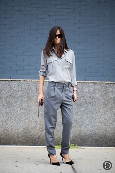 Barbara Martelo in a great grey-on-grey look #style #fashion #streetstyle