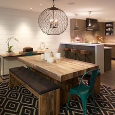 Easy DIY ideas for dining tables