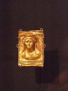 Rosamaria G Frangini | High Ancient Jewellery  | Rectangular Plaque Greek 2nd - 1st century BCE Gold |