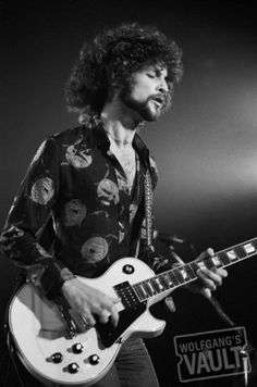 Lindsey Buckingham - New Haven Veterans Memorial Coliseum (New Haven, CT) Oct 20, 1975