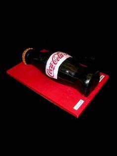 Coca Cola cake Coke Cake, Coca Cola Cake, Coca Cola Drink, Pepsi, Coca Cola History, Cola Recipe, Coca Cola Kitchen, Funny Cake, Desert Recipes