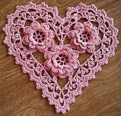 **5/2012 update** Great News! Free Pattern! Woman's Day Magazine has granted me free permission to post the instructions for this pattern on the internet so that other crocheters can enjoy ma...