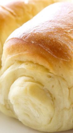 Lion House Rolls are known around the world for their incredible texture and flavor. ❊